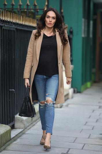 Tamara Ecclestone does a Demi and poses topless with