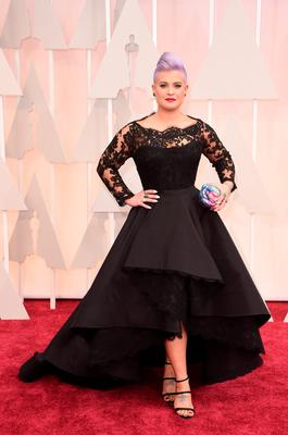 TV personality Kelly Osbourne attends the 87th Annual Academy Awards in Hollywood, California. (Photo by Jason Merritt/Getty Images)