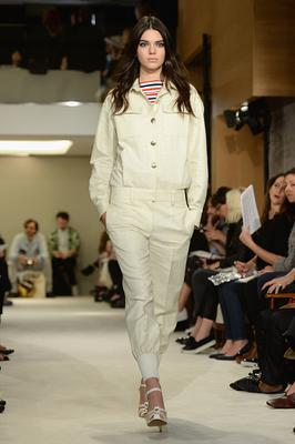 PARIS, FRANCE - SEPTEMBER 29: Model Kendall Jenner walks the runway during the Sonia Rykiel show as part of the Paris Fashion Week Womenswear Spring/Summer 2015 on September 29, 2014 in Paris, France.  (Photo by Dominique Charriau/WireImage)
