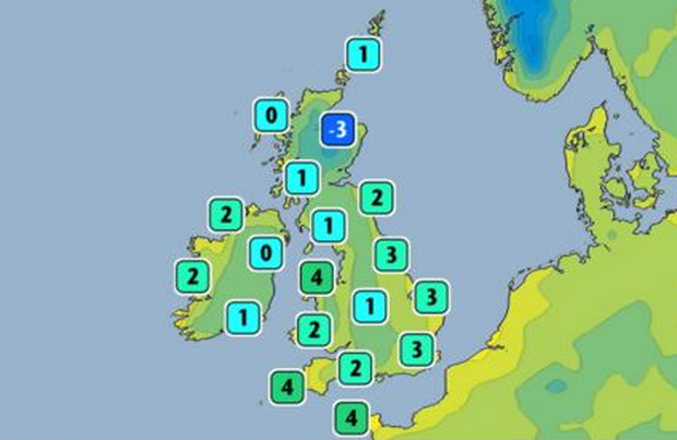 Tonight's forecast for Ireland and Britain. Photo: Twitter/ @metoffice