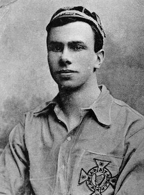 Harold Sloan played for Bohemians and Ireland. He died in WWI