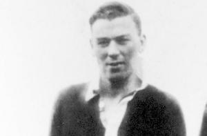Mick Mackey (Limerick) Career: 1929-47 All-Irelands: 3 Munster: 5 NHL: 5