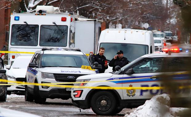 Police investigate a shooting incident in Ottawa, Ontario, Canada. Photo: REUTERS/Patrick Doyle