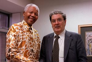 Nelson Mandela with John Hume at the South African Embassy in Dublin in 2000