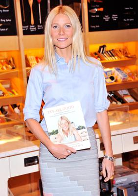 """Actress Gwyneth Paltrow attends the signing of her new book """"It's All Good"""" at Williams-Sonoma on April 9, 2013 in New York City.  (Photo by Stephen Lovekin/Getty Images)"""