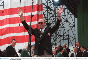 Jack Charlton salutes the crowd in Dublin's Phoenix Park when the Republic of Ireland team returned from the 1994 World Cup in the USA. Photo by David Maher/Sportsfile