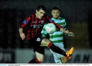 11 September 2015; David O'Sullivan, Longford Town, in action against Paul Murphy, Sherrif YC. Irish Daily Mail FAI Senior Cup, Quarter-Final, Longford Town v Sheriff YC, City Calling Stadium, Longford. Picture credit: Seb Daly / SPORTSFILE