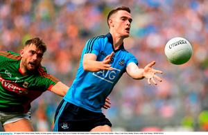Brian Fenton, Dublin, in action against Aidan O'Shea, Mayo. GAA Football All-Ireland Senior Championship, Semi-Final, Dublin v Mayo, Croke Park, Dublin. Picture credit: Paul Mohan / SPORTSFILE