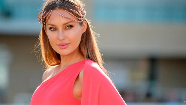 Model Roz Purcell prior to the Cheltenham Racing Festival at Prestbury Park in Cheltenham, England. Picture: Seb Daly/Sportsfile