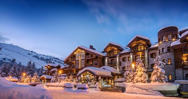 The picture-postcard L'Apogee Courchevel is located in the chic resort of Courchevel 1850, home to the biggest ski playground in the world
