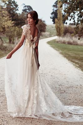 These Are The Top Trending Wedding Dresses In The World Right Now Independent Ie