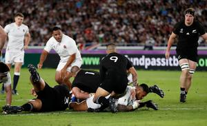 Rugby Union - Rugby World Cup - Semi Final - England v New Zealand - International Stadium Yokohama, Yokohama, Japan  - October 26, 2019. England's Manu Tuilagi scores their first try. REUTERS/Matthew Childs