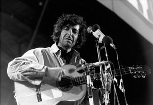Singer-songwriter Leonard Cohen has passed away at age 82