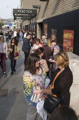 """Queues for Roddy Doyles """"Two Pints"""" at The Abbey Theatre. (Photo: Colin O'Riordan)"""