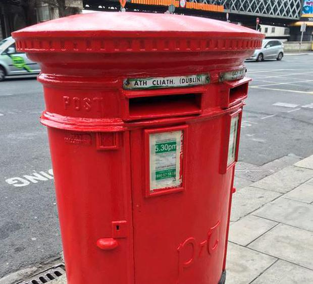An Post have stealthily painted a number of post boxes around the city red as part of a 'heritage campaign' (Photo: Twitter/EmilySugrue)
