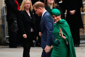 Prince Harry, Duke of Sussex (L) and Meghan, Duchess of Sussex arrive to attend the annual Commonwealth Service at Westminster Abbey on March 9, 2020 in London, England. (Photo by Dan Kitwood/Getty Images)