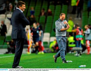 7 September 2015; Republic of Ireland manager Martin O'Neill reacts after his team missed a goal opportunity. UEFA EURO 2016 Championship Qualifier, Group D, Republic of Ireland v Georgia, Aviva Stadium, Lansdowne Road, Dublin. Picture credit: Seb Daly / SPORTSFILE
