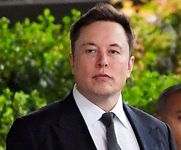 Tesla CEO Elon Musk arrives at U.S. District Court in Los Angeles. Photo: AP