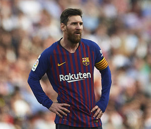 They think it's all over: Lionel Messi was thwarted by contract. Photo: Aitor Alcalde/Getty Images