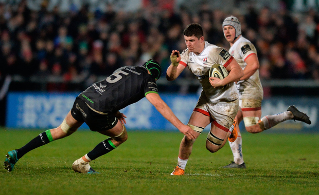 Nick Timoney of Ulster is tackled by Joe Maksymiw of Connacht. Photo by Oliver McVeigh/Sportsfile