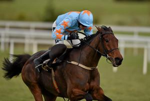 Un De Sceaux and Ruby Walsh, here winning at Leopardstown, can run their rivals ragged in today's Arkle. Photo: Barry Cregg / SPORTSFILE