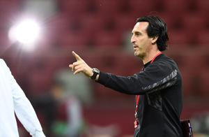 Sevilla's coach Unai Emery oversees a training session on the eve of the UEFA Europa League final football match between FC Dnipro Dnipropetrovsk and Sevilla FC at the Narodowy stadium in Warsaw, Poland yesterday (Getty)