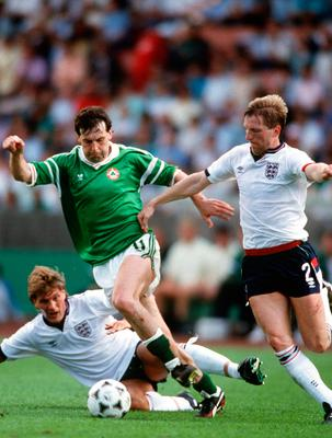 Tony Galvin in action for Ireland against England in 1988. Photo by Bob Thomas/Getty Images