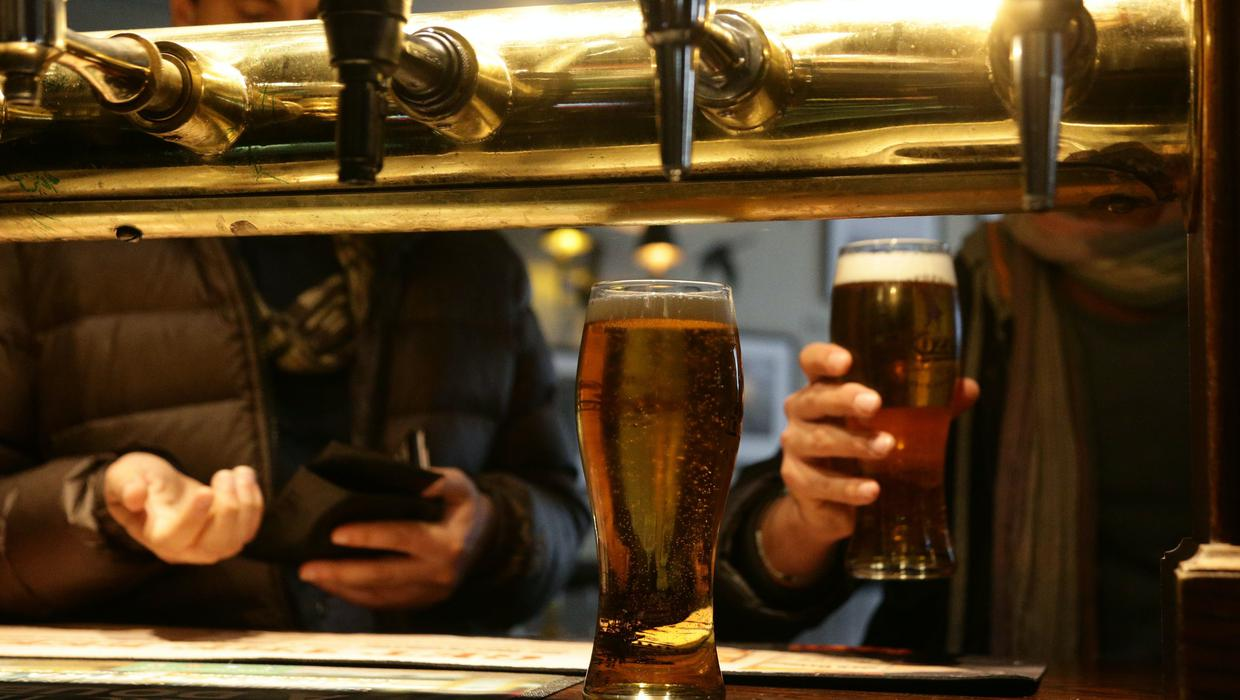 Setback to pub reopening plans as health chiefs warns against moving into phase four next week