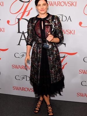 NEW YORK, NY - JUNE 01:  Tabitha Simmon poses with the on the winners walk at the 2015 CFDA Fashion Awards at Alice Tully Hall at Lincoln Center on June 1, 2015 in New York City.  (Photo by Larry Busacca/Getty Images)