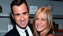 """Actor Justin Theroux (L) and actress/executive producer Jennifer Aniston attend the """"Cake"""" cocktail reception presented by PANDORA Jewelry at West Bar on September 8, 2014 in Toronto, Canada.  (Photo by Alberto E. Rodriguez/Getty Images for LTLA)"""