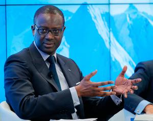 CEO of Credit Suisse Tidjane Thiam gestures as he speaks during a panel 'Size matters: The Future of Big Business' at the 'World Economic Forum' in Davos, Switzerland, Tuesday, Jan. 17, 2017. Business and world leaders are gathering for the annual meeting 'World Economic Forum ' in Davos. (AP Photo/Michel Euler)