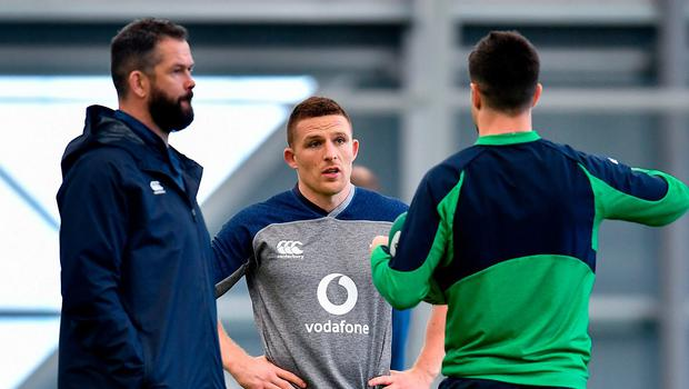 Andrew Conway speaks with Andy Farrell and Conor Murray during training ahead of today's Six Nations opener. Photo: Brendan Moran/Sportsfile