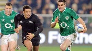 All Blacks star Dan Carter insists his playing style is similar to Ireland captain Johnny Sexton's