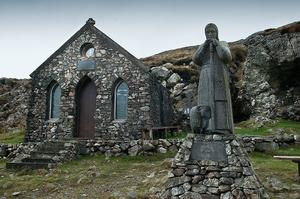 Wild Atlantic Ways: The chapel at Mauméan in Connemara