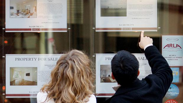 Banks are giving 2,600 mortgages every month