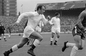 4th September 1968:  England and Tottenham Hotspur footballer Jimmy Greaves.  (Photo by Evening Standard/Getty Images)