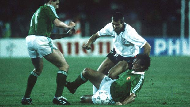 1990; (left) Kevin Sheedy and Kevin Moran, Republic of Ireland, in action against Steve Bull, England. Republic of Ireland v England, 1990 World Cup Finals, Italy. Soccer. Picture credit; Ray McManus/SPORTSFILE