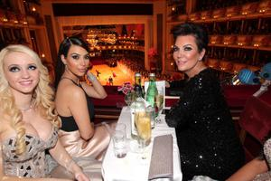 VIENNA, AUSTRIA - FEBRUARY 27: Cathy Schmitz, Kim Kardashian with her mother Kris Jenner attend the traditional Vienna Opera Ball (Wiener Opernball) at Vienna State Opera on February 27, 2014 in Vienna, Austria.  (Photo by Gisela Schober/Getty Images)