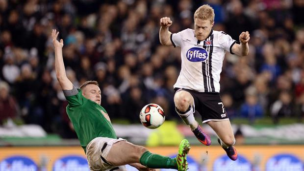 Daryl Horgan of Dundalk in action against Kenny Browne of Cork City during the Irish Daily Mail FAI Cup final at the Aviva Stadium. Photo: Seb Daly/Sportsfile