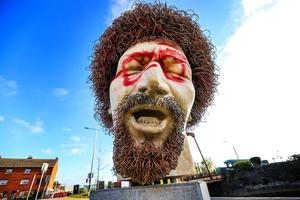 The defaced statue of Dubliners legend Luke Kelly. Photo: Gerry Mooney