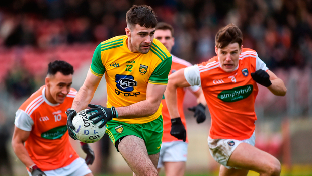 Caolan McGonigle of Donegal in action against Jemar Hall and Niall Grimley of Armagh. Photo by Oliver McVeigh/Sportsfile