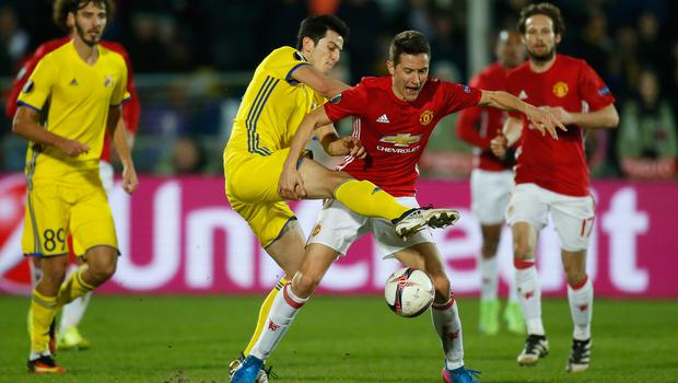 Football Soccer - FC Rostov v Manchester United - Europa League Round of 16 First Leg - Olimp-2 Stadium, Rostov-on-Don, Russia - 9/3/17 FC Rostov's Sardar Azmoun in action with Manchester United's Ander Herrera  Reuters / Maxim Shemetov Livepic EDITORIAL USE ONLY.
