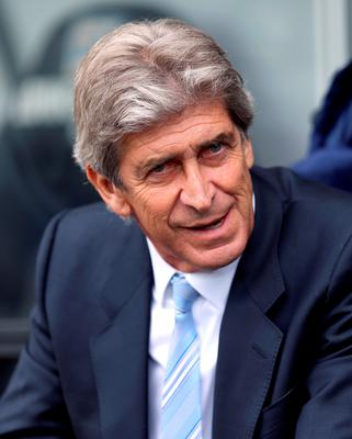 """Manchester City manager Manuel Pellegrini pointed out that Chelsea won the league because they had not lost """"easy points"""", while City dropped nine against teams that finished in the relegation zone"""