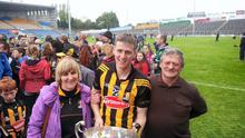 The late Johnny Ryan pictured with son Lester and wife Lilly after Kilkenny won the League Final in Semple Stadium.