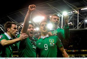 29 March 2015; Republic of Ireland's Shane Long, 9, celebrates with team-mates, from left to right, Seamus Coleman, Wesley Hoolahan and James McClean after scoring his side's equalising goal. UEFA EURO 2016 Championship Qualifier, Group D, Republic of Ireland v Poland. Aviva Stadium, Lansdowne Road, Dublin. Picture credit: David Maher / SPORTSFILE