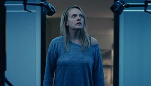 Elisabeth Moss carries the film by fighting off her estranged husband Oliver Jackson-Cohen who becomes invisible