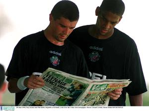 28 June 1994; Roy Keane and Phil Babb, Republic of Ireland, Look over the Celtic view newspaper. Soccer. Picture credit; David Maher/SPORTSFILE