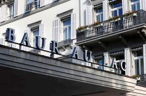 A general view shows the Baur au Lac hotel in Zurich, Switzerland, May 27, 2015. Six soccer officials were arrested in Zurich on Wednesday and detained pending extradition to the United States over suspected corruption at soccer's governing body FIFA, the Swiss Federal Office of Justice said in a statement. REUTERS/Arnd Wiegmann