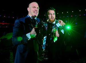 Paul O'Connell (left), and Sean O'Brian with the six nations trophy. Photo: Mark Runnacles/PA Wire