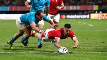 Wales' Tomos Williams scores their third try